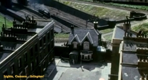 The LadyKillers - Federica Street - House and Bridge - FILM
